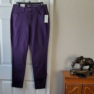 NWT Style & Co curvy skinny jeans